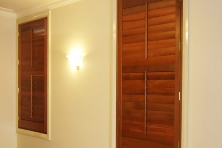 Brilliant Window Blinds Louvre Shutters 720 480